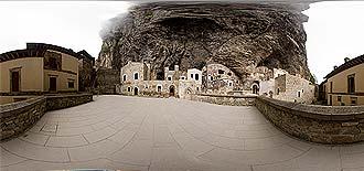 Sümela Manastırı Avlu 3